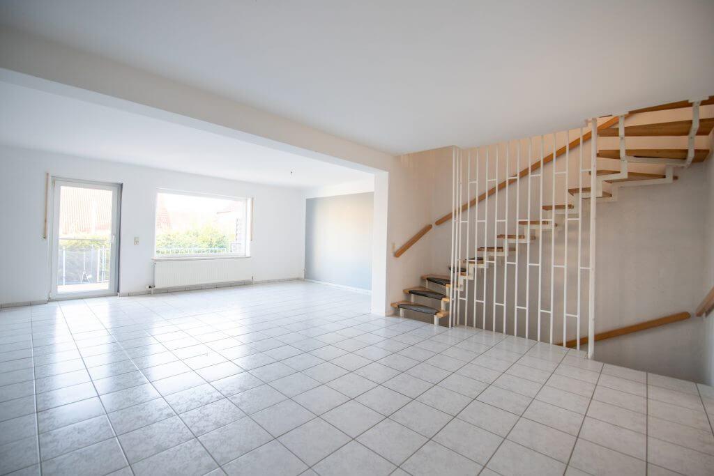 Wohnzimmer Treppenhaus