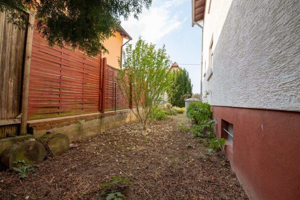 Garten Hausseite